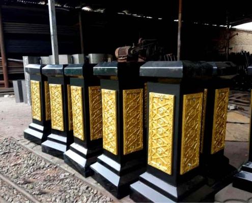 مبله فولادی و کتیبه پایه دکوراتیو